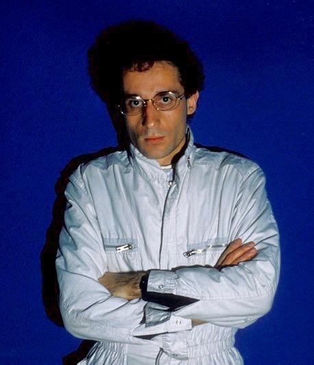 5. Phil, 1984